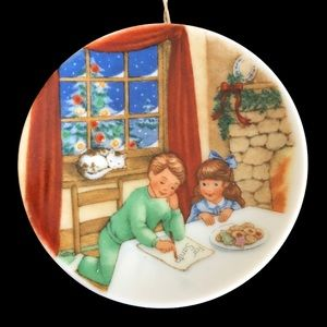 Vtg Hallmark 1990 Christmas Ornament Cookies Santa